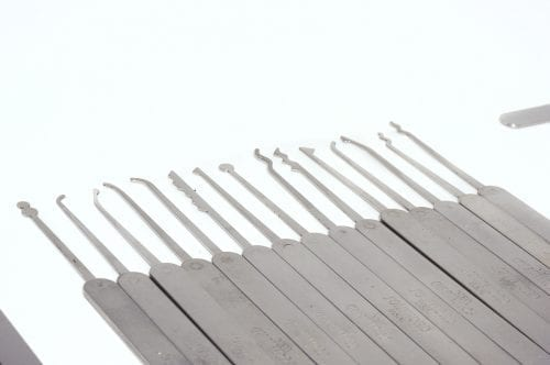 C3010 Southord Thirty-Seven Pce Slimline lock pick Set